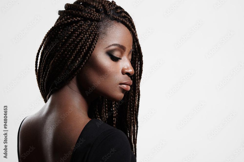 Fototapety, obrazy: black woman with braids and evening smokey eyes