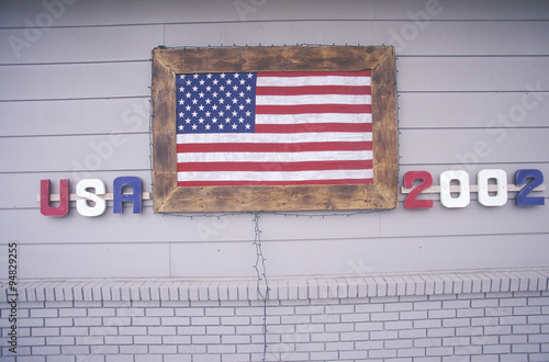 Fotografia  House with American Flag, Park City, Utah, Winter Olympics, 2002