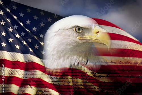 In de dag Eagle Digital composite: American bald eagle and flag is underlaid with the handwriting of the US Constitution