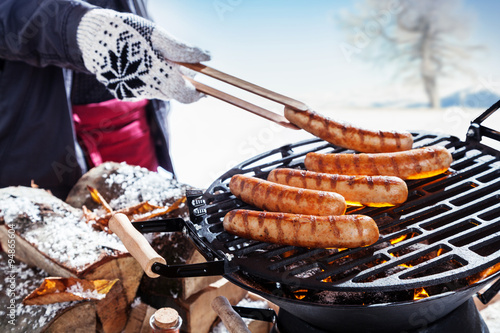 Foto op Plexiglas Grill / Barbecue Outdoors winter barbecue party