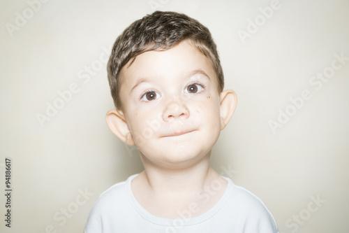 Photo  Retrato de niño de 2 años