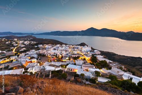 Spoed Foto op Canvas Mediterraans Europa View of Milos bay and Plaka village, the capital of Milos island, Greece.