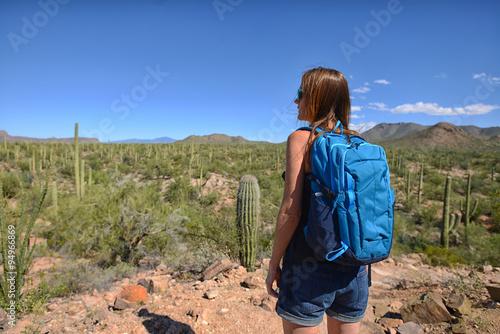 Papiers peints Cactus wanderlust and desert travel