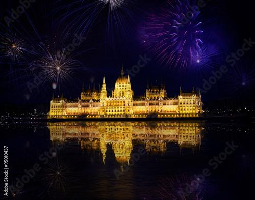 Fireworks and Hungarian parliament, Budapest Plakát