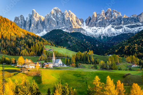 Tuinposter Alpen Autumnal Mountain Landscape at Sunset