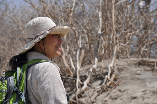 Foto op Plexiglas Alpinisme 山歩きを楽しむ女性 日向山