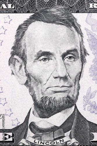 Fotografia  Portrait of Abraham Lincoln on five dollars