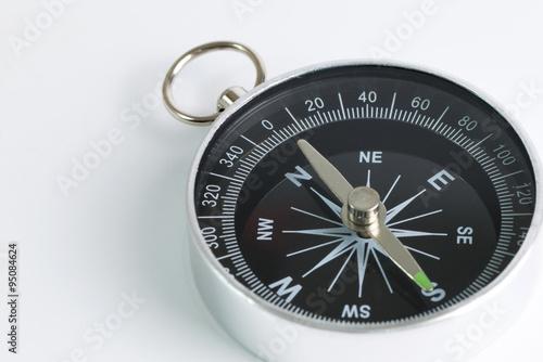Fotografía  Compass on white background