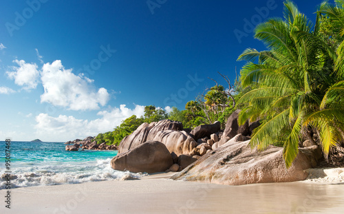 Obraz Wymarzona plaża Anse Lazio na Seszelach - fototapety do salonu