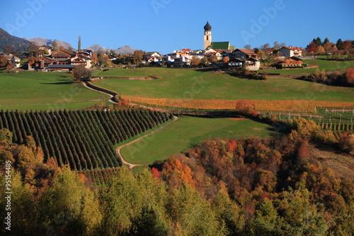 Tuinposter Lavendel Scorci autunnali in Alto Adige - Sud Tirol, nelle Alpi italiane