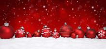 Weihnachtlicher Hintergrund / Kugeln