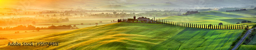 Spoed Foto op Canvas Beige View of countryside in Tuscany province on sunrise. Italy