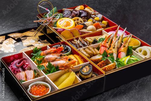 Deurstickers Klaar gerecht 典型的なおせち料理 Japanese food New Year dishes (OSECHI)