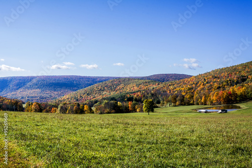 Slika na platnu Pennsylvania Mountains in the fall