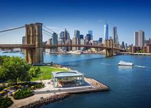 Brooklyn Bridge In New York Ci...