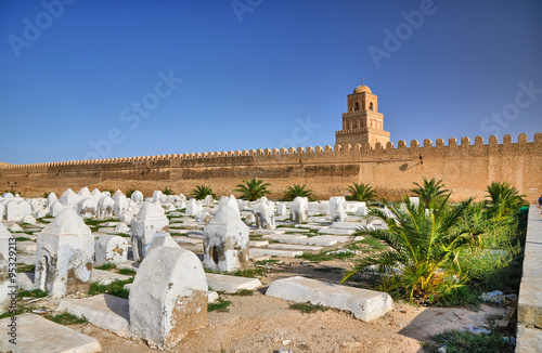 Photo sur Toile Cimetiere Ancient muslim cemetery, Great Mosque, Kairouan, Sahara Desert,