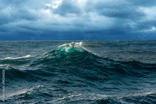 Foto op Plexiglas Zee / Oceaan Fresh Opaque Wave at Windy Seas