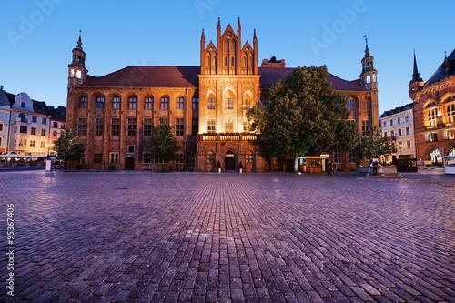 Obrazy na płótnie Canvas Town Hall in Torun at Dusk