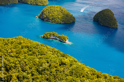Tuinposter Indonesië Palau islands from above