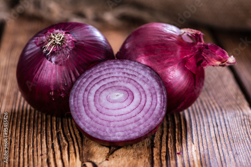 Photo  Red Onions (close-up shot)