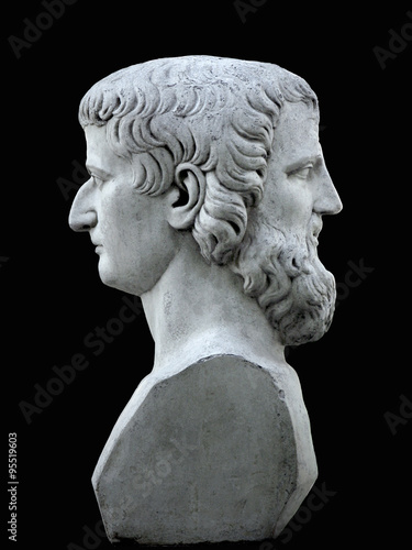 Photo Janus sculpture on a black background