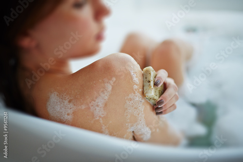 Fotografie, Obraz  Relaxing in bath
