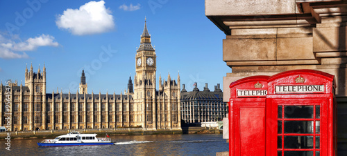 Poster Londres bus rouge London symbols with BIG BEN and red PHONE BOOTHS in England, UK