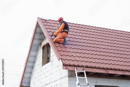 Fotografie, Obraz  installation of a roof