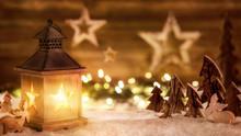 Weihnachtliche Szene Aus Holz ...