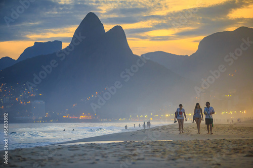Poster Brésil View of Ipanema Beach in the evening, Brazil