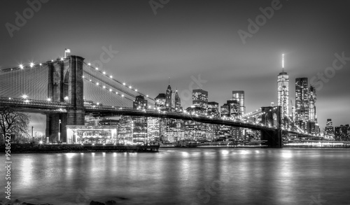 Foto op Plexiglas Bruggen Brooklyn bridge at dusk, New York City.
