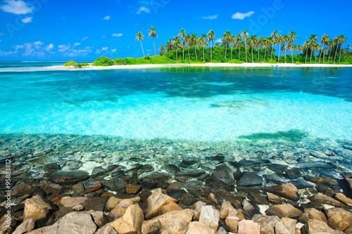 fototapeta na szkło beach with Maldives