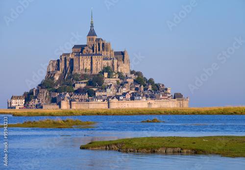 Fotografia Mont saint Michel lors de grandes marées, Normandie