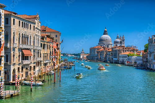Poster Channel Gorgeous view of the Grand Canal and Basilica Santa Maria della