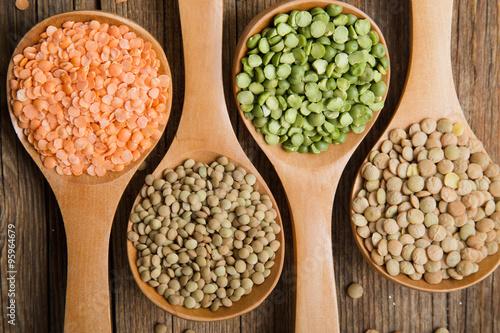 Varietà lenticchie e piselli #4 #95964679