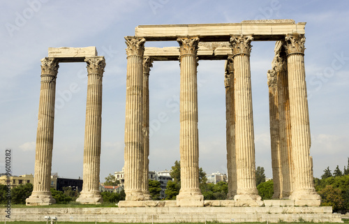 Photo  Temple of Olympian Zeus