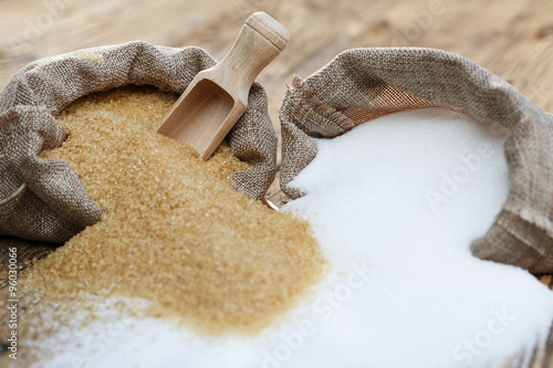 Fotomural Various types of sugar, brown sugar and white