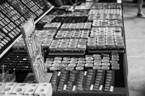 Antike Münzen Kaufen Sie Dieses Foto Und Finden Sie ähnliche