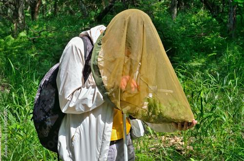 Fényképezés Young woman entomologist 13