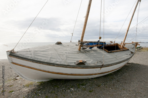Replica of James Caird Lifeboat of the Endurance Ship (Ernest Shackleton) - Punt Canvas Print