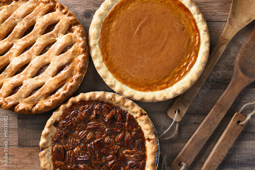 Spoed Fotobehang Dessert Pecan Apple and Pumpkin Pies