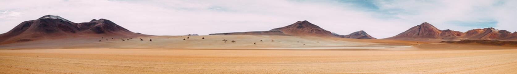 Ogromna przestrzeń nicości - Pustynia Atacama - Boliwia