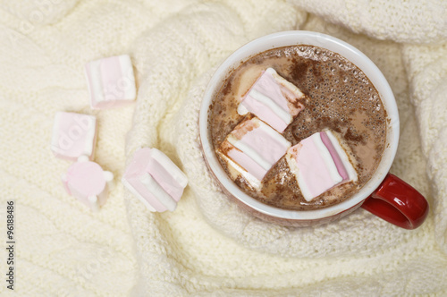 Fotobehang Chocolade Red mug with hot chocolate and marshmallows
