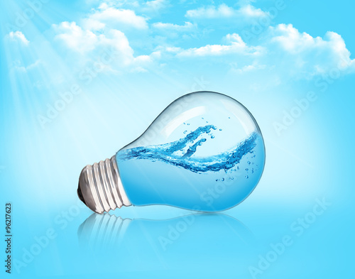 Photo  Lightbulb with water inside