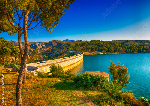Photo sur Toile Barrage the Marathonas dam at Marathonas lake near Athens in Greece. HDR processed
