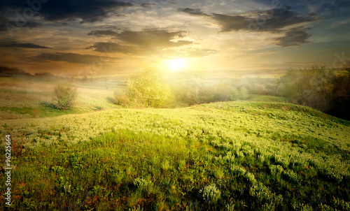 Foto op Plexiglas Zwavel geel Countryside in fog