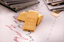 Gold Bullion And Charts