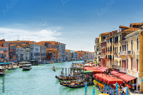 Photo  View of the Grand Canal from the Rialto Bridge. Venice, Italy