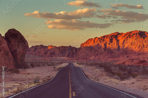obraz PCV Road in prairie