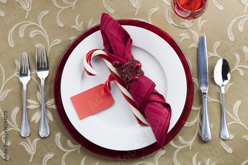 Photo  place setting on dining table